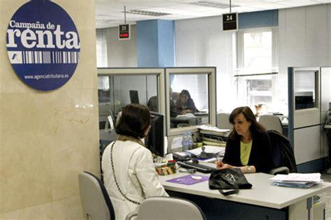 oficinas de la agencia tributaria en madrid recaudadores de impuestos el 250 ltimo eslab 243 n de la