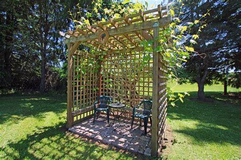 Arbor Swing Plans by Grape Vine Arbors On Pinterest Grape Arbor Arbors And