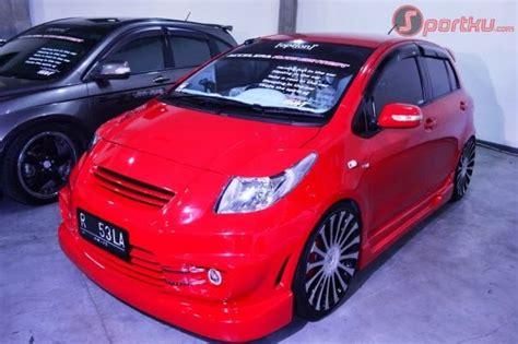 Tv Mobil Yaris modifikasi mobil dan motor yaris 09 with 21 lcd tv