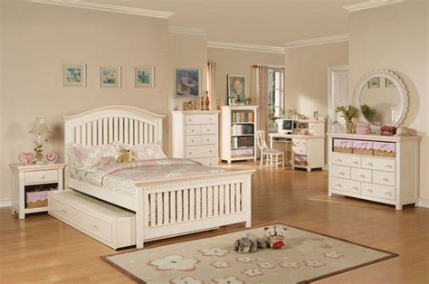Childrens White Bedroom Furniture Sets White And Pink Bedroom Set Contemporary