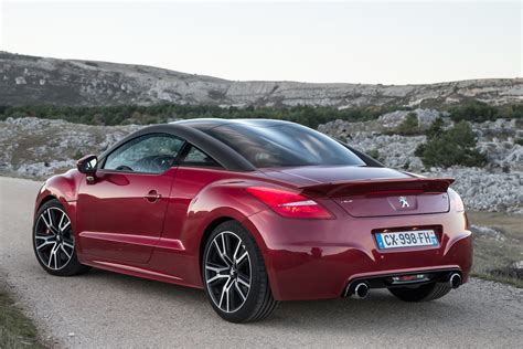 peugeot coupe rcz peugeot rcz coupe 2010 2015 buying and selling parkers