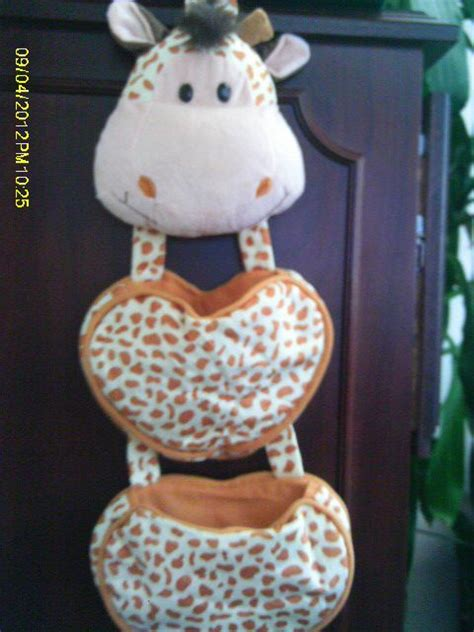 102 Best Giraffe Home Decor And More Images On Pinterest Giraffe Bathroom Accessories