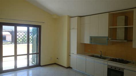 appartamenti tor vergata appartamento per universit 224 tor vergata affitto