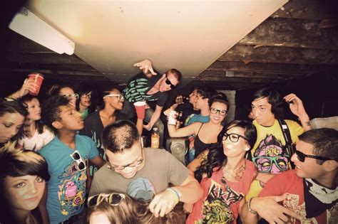 house party 1 alone and bored at home here are 10 fun things to do listovative