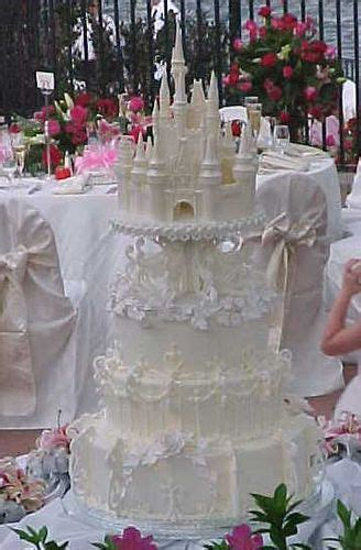 17 best ideas about castle wedding cake on fairytale wedding cakes princess