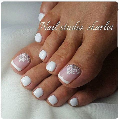 Best Pedicure by 25 Best Ideas About Pedicure Designs On