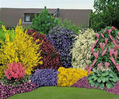 Landscape Flowers Flower Landscaping This Landscaping Combines Pretty Fl