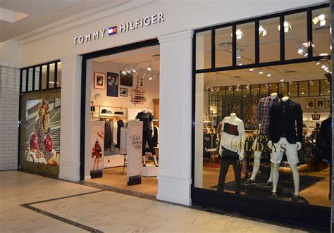 Online shopping for tommy hilfiger belts for men