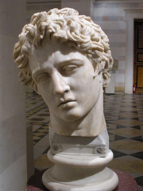 famous greek statues famous ancient roman sculptures www imgkid com the