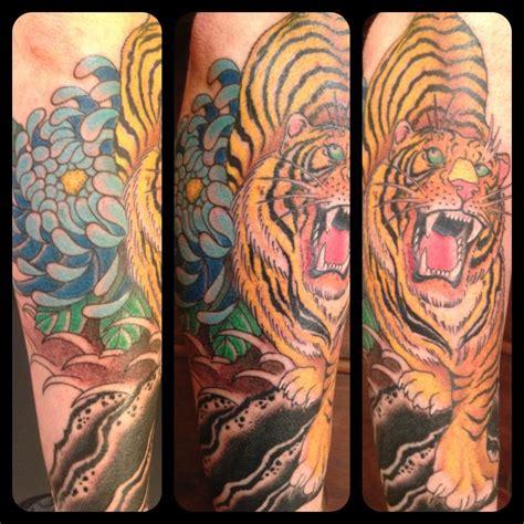 dragon tiger tattoo tiger tattoos page 54