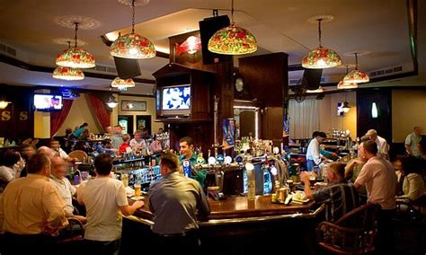 top bars boston 10 best bars or clubs in dubai to meet singles blog