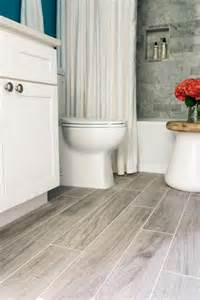 bathroom hardwood flooring ideas 25 best bathroom flooring ideas on bathrooms