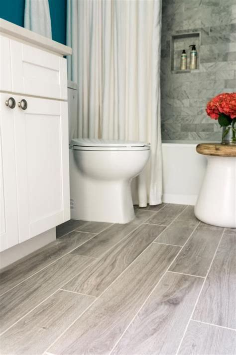 bathroom hardwood flooring ideas best 25 bathroom flooring ideas on pinterest bathrooms