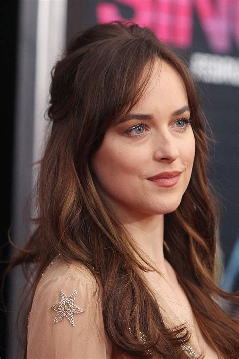 Make Coloring Pages From Photos dakota johnson s how to be single premiere makeup pret