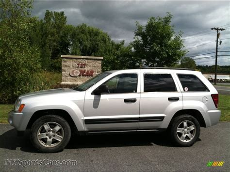 2006 Jeep Grand Silver 2006 Jeep Grand Laredo 4x4 In Bright Silver