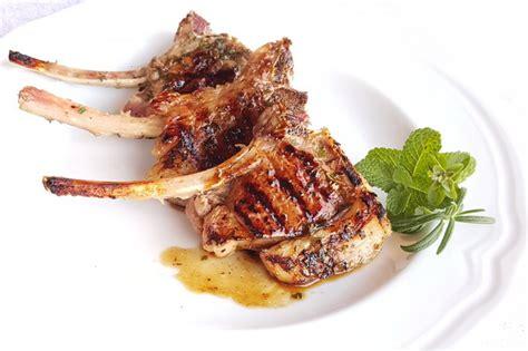 come cucinare costolette di agnello costolette di agnello marinate un secondo gustoso in poche
