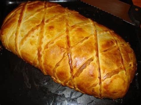 cuisiner un saumon entier recette saumon entier en cro 251 te feuillet 233 224 la