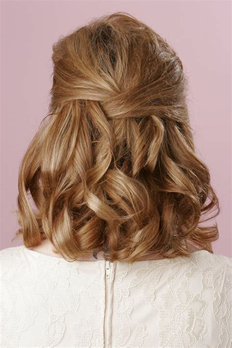 hairstyles for short hair half up wedding hairstyles for short hair half up half down 8