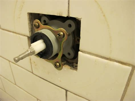 How To Stop A Leaky Shower by How To Fix A Leaking Shower Book Design