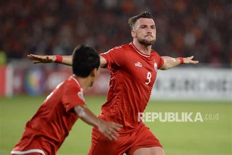 berita persija jakarta cetak 4 gol ke gawang jdt simic gbk seperti rumah saya