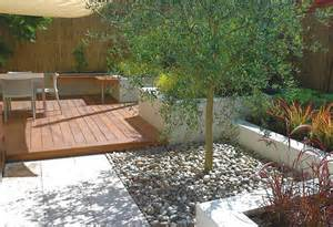 Small Outdoor Entertaining Areas - mediterranean style courtyard at gardenmagic co uk
