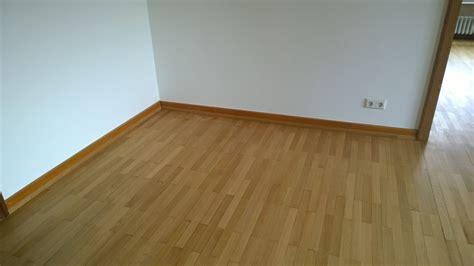 Lackieren Wie Lange by Parkett Schleifen Und Neu Lackieren Lang Bodendesign