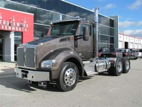 kenworth automatic trucks 17 best images about trucks kenworth on semi