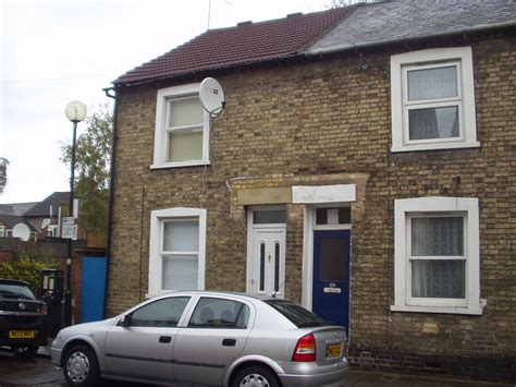 2 bedroom house for rent in bedford 2 bedroom house to rent in bedford town centre rentals