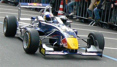 Formel 3 Auto by Bull Junior Team