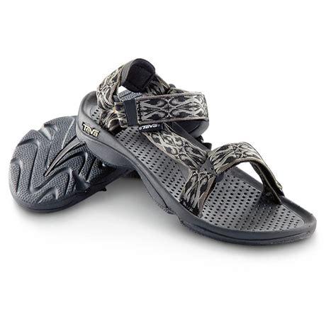 mens teva boots s teva 174 hurricane 3 sandals gray 580328 sandals