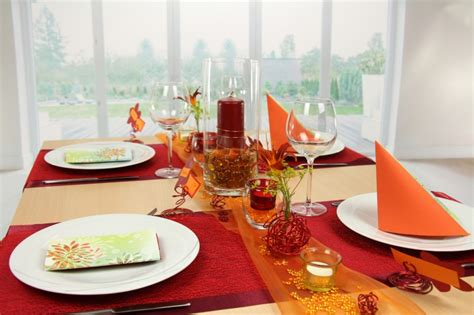 tischdeko orange tischdeko orange rot feier tischdekorationen