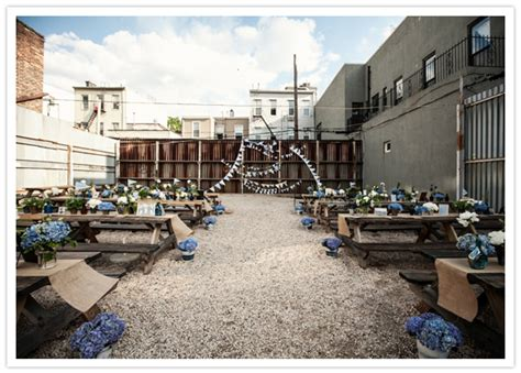 backyard brooklyn brooklyn backyard wedding jess jeff neat venues real weddings