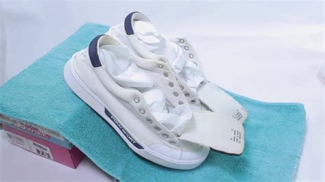 sneaker cleaner chs cleaning how to clean white shoes