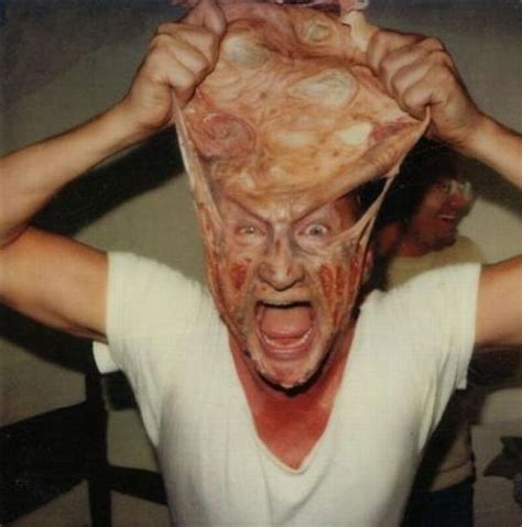 robert englund as freddy krueger 40 awesome behind the scenes photos from horror movies