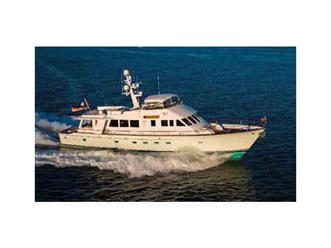 lyman boat flags lyman morse motor yacht in florida motor yachts used
