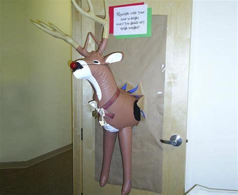 winning christmas office door decorations 12 door decorations