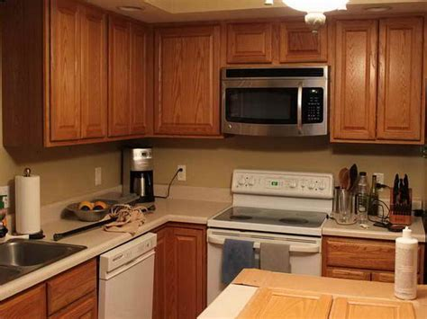 Kitchen Colors That Go With Oak Cabinets by Best Paint Color For Kitchen With Oak Cabinets Ideas