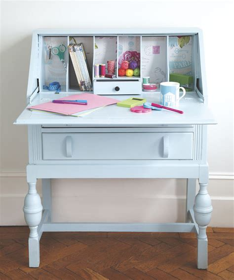 Upcycled Desk by Upcycled Furniture Spruce Up An Desk With Paint