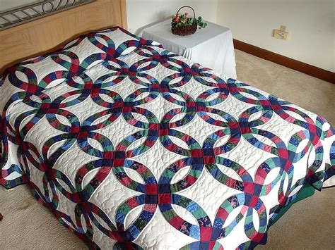 wedding ring quilt exquisite carefully made