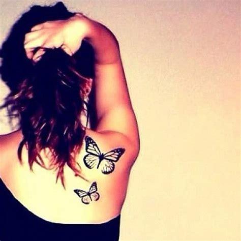 tatuaggi fiori e farfalle sulla spalla tatuaggi femminili per la spalla fotogallery donnaclick