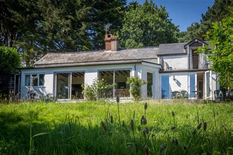Independent Cottages New Forest by Graylands Cottage Wheelchair Accessible House In The New