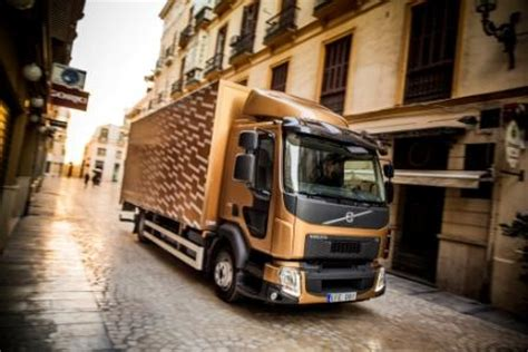 Euro 6 Volvo Fl And Volvo Fe Launched Truck Locator