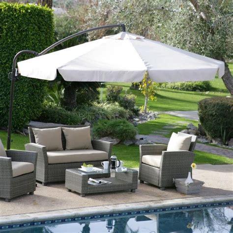 Backyard Umbrella Ideas Deck Umbrellas For Comfortable Outdoor Entertaining