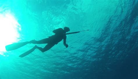 fishing with spear spearfishing techniques