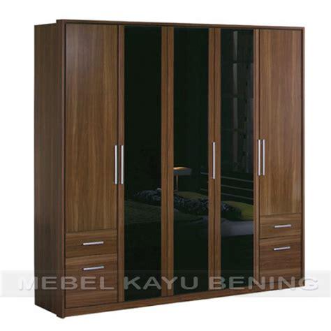 Lemari Kayu Untuk Pakaian Lemari Pakaian 5 Pintu Kayu Jati Model Minimalis Borneo