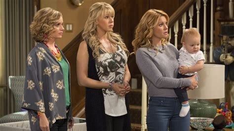 why was full house cancelled full house is back as fuller house but why variety