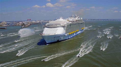 Monde Harmony harmony of the seas 224 l int 233 rieur du plus grand paquebot du monde world of geeks