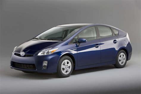 Toyota Prius 2010 Price 2012 Toyota Prius Photos Price Specifications Reviews