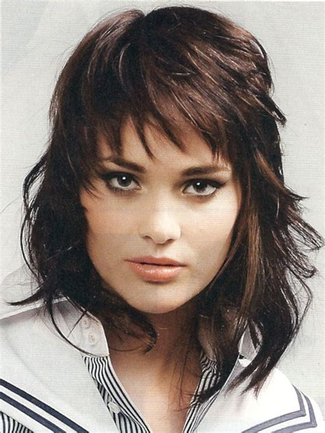 medium length hairstyles where layers hit occipital bone 13 best ideas about haircuts on pinterest long shag
