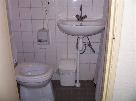 smallest bathroom smallest bathroom picture of hshire hotel lancaster amsterdam amsterdam tripadvisor